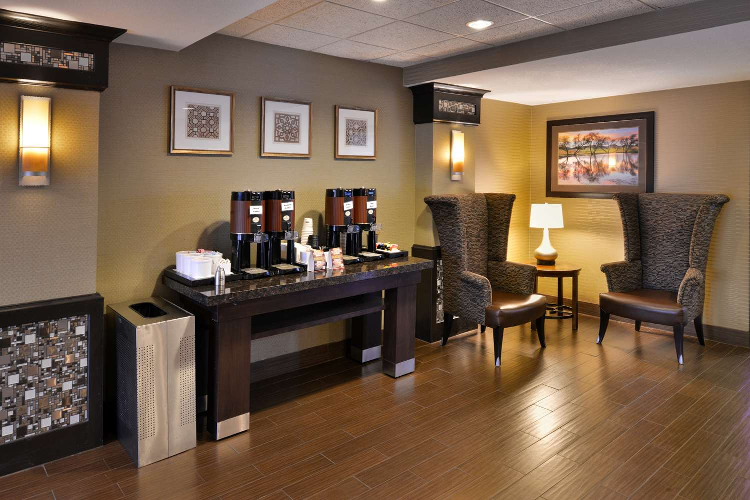 Lobby - Best Western Plus Wichita West Airport Inn