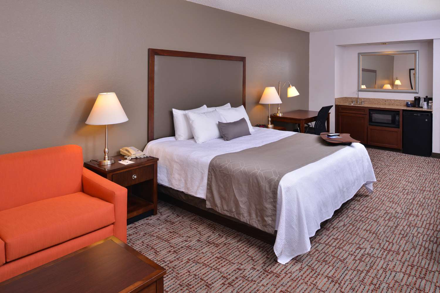 Suite - Best Western Plus Wichita West Airport Inn