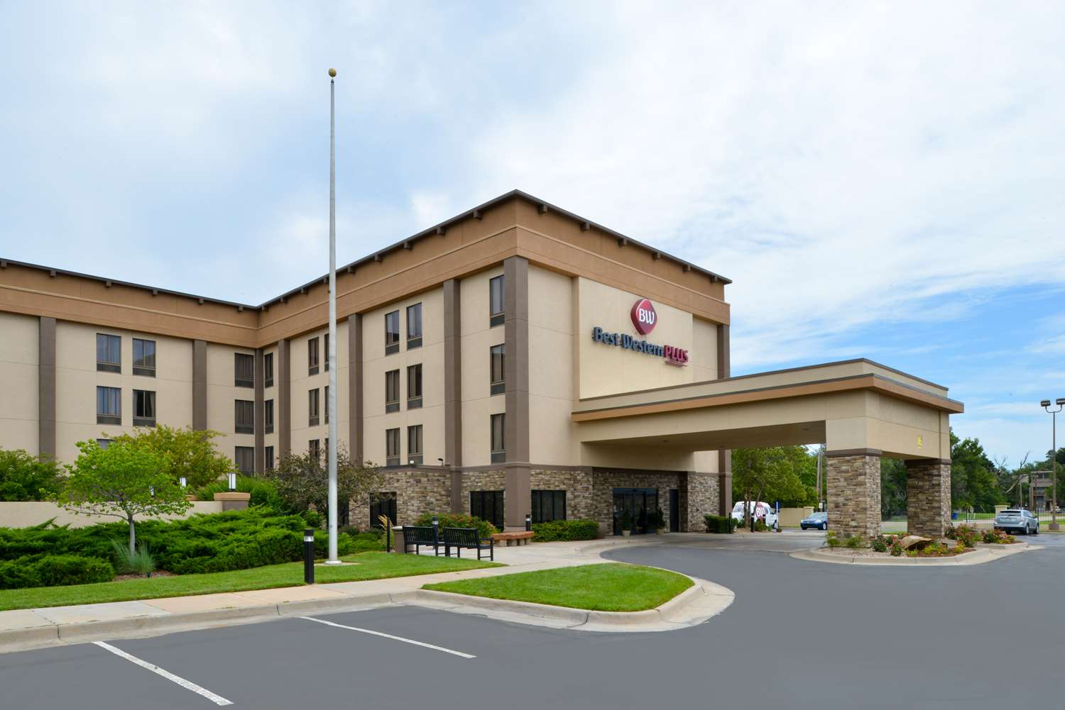 Exterior view - Best Western Plus Wichita West Airport Inn