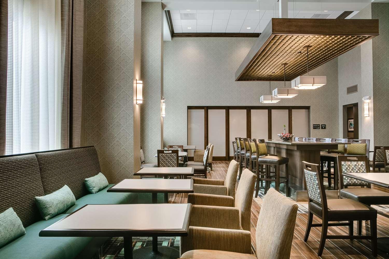 Lobby - Hampton Inn & Suites Mason City