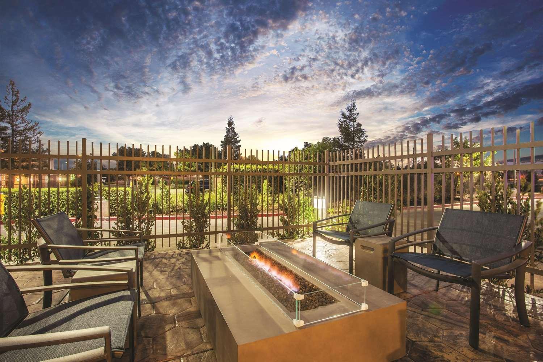 Exterior view - La Quinta Inn & Suites Morgan Hill