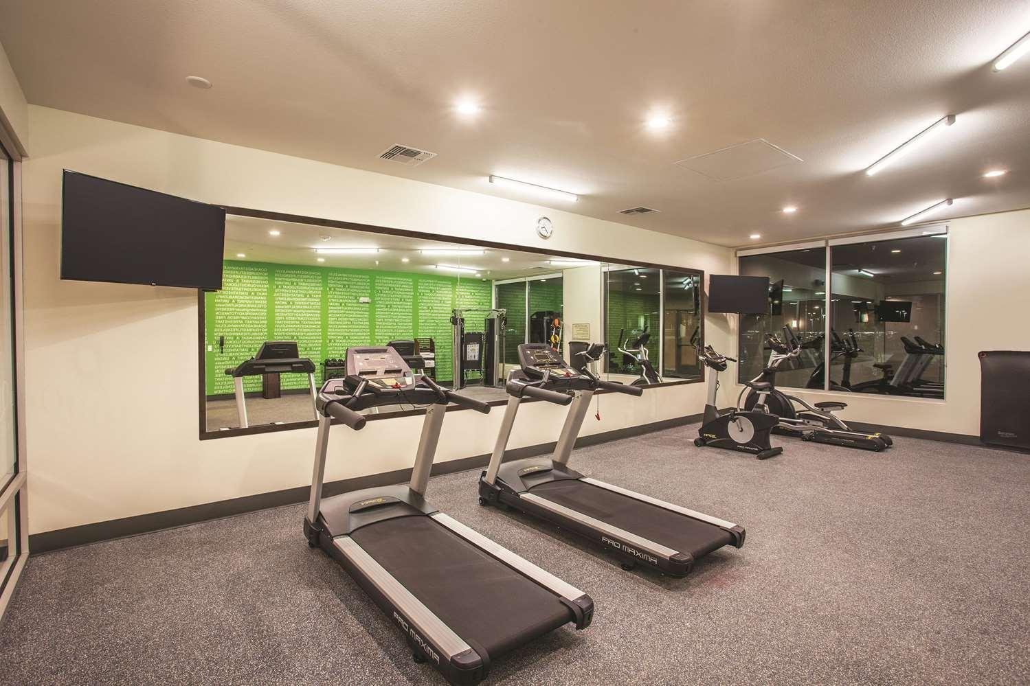 Fitness/ Exercise Room - La Quinta Inn & Suites Morgan Hill