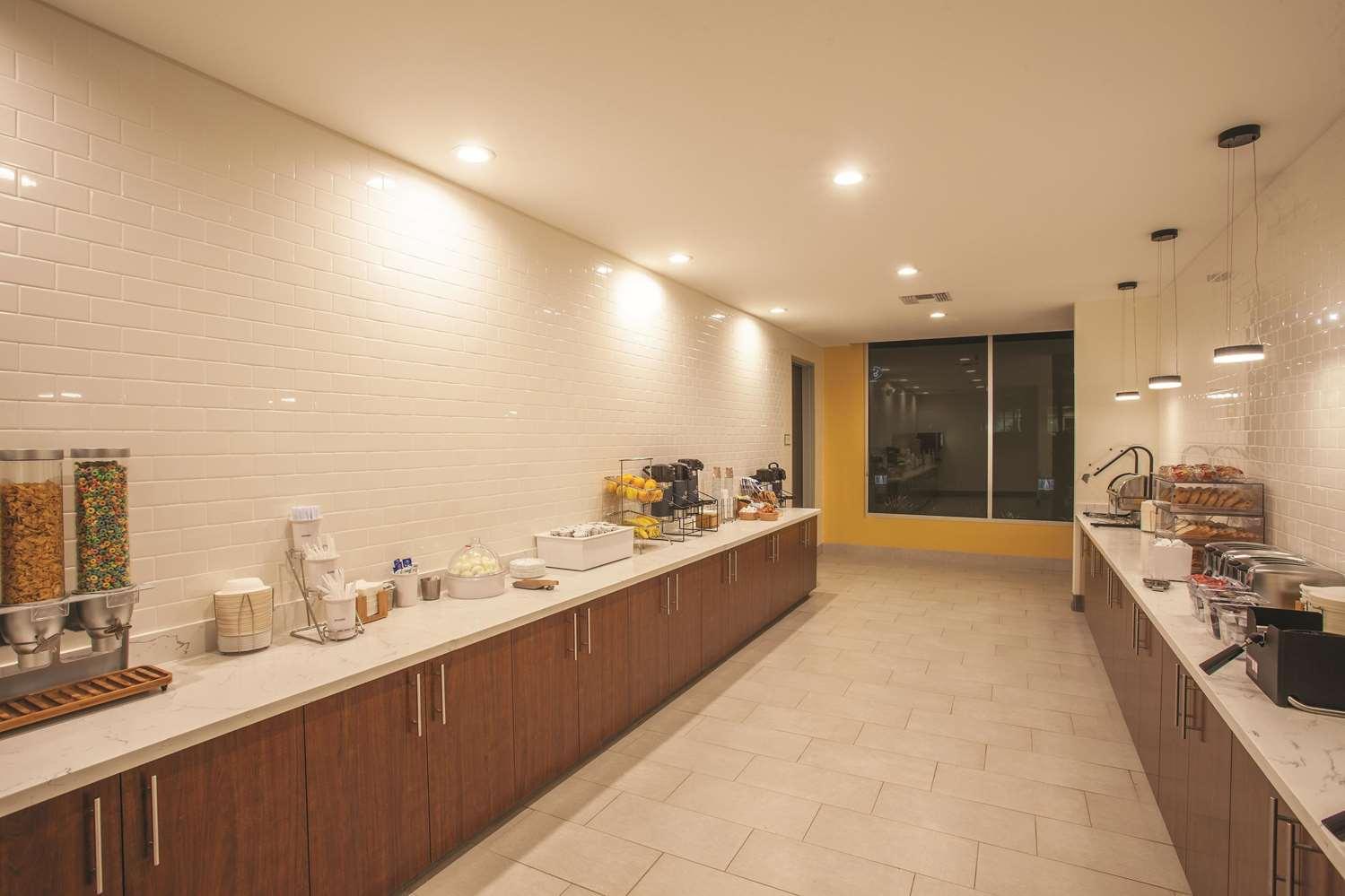 proam - La Quinta Inn & Suites Morgan Hill