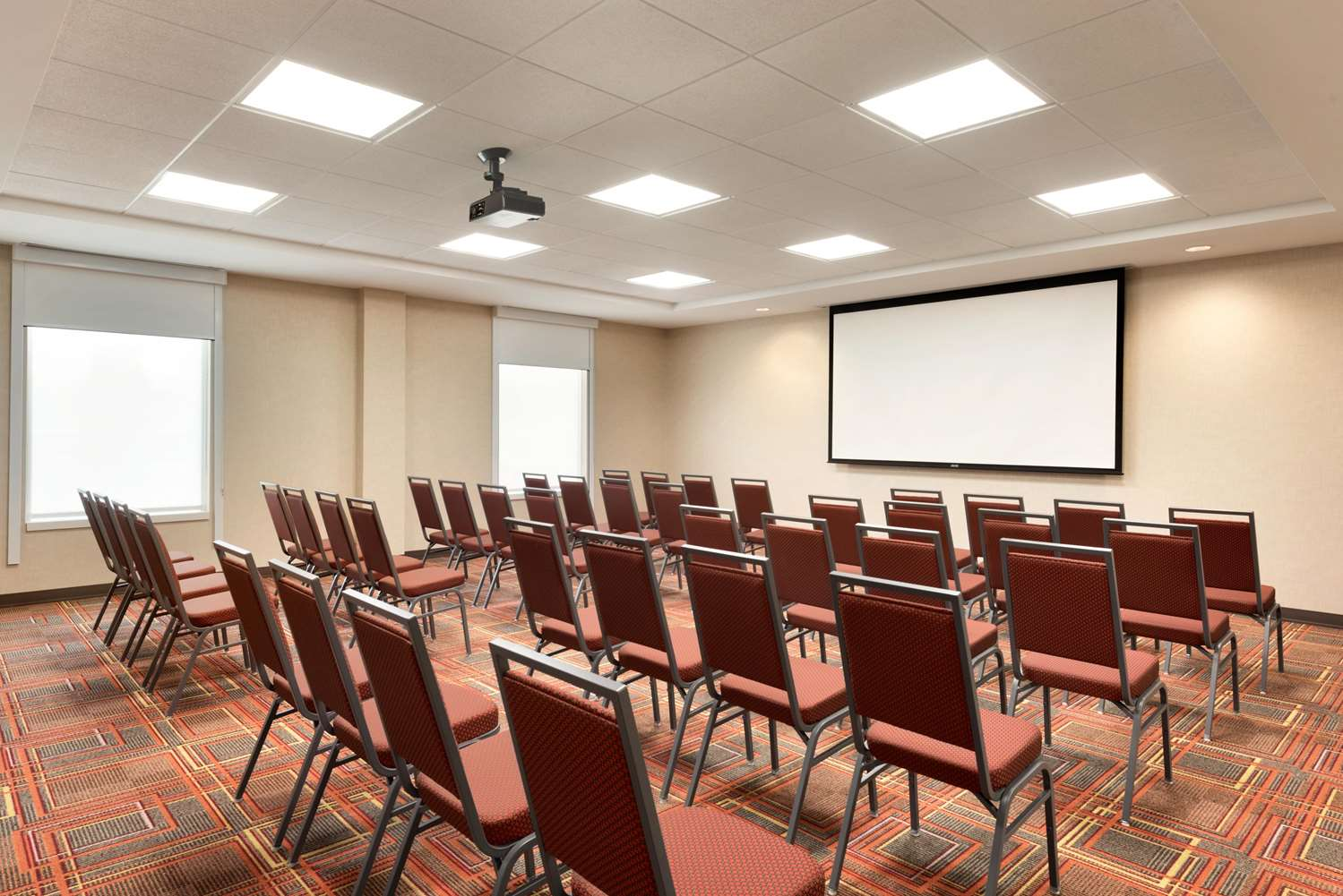 Meeting Facilities - Home2 Suites by Hilton Waukesha