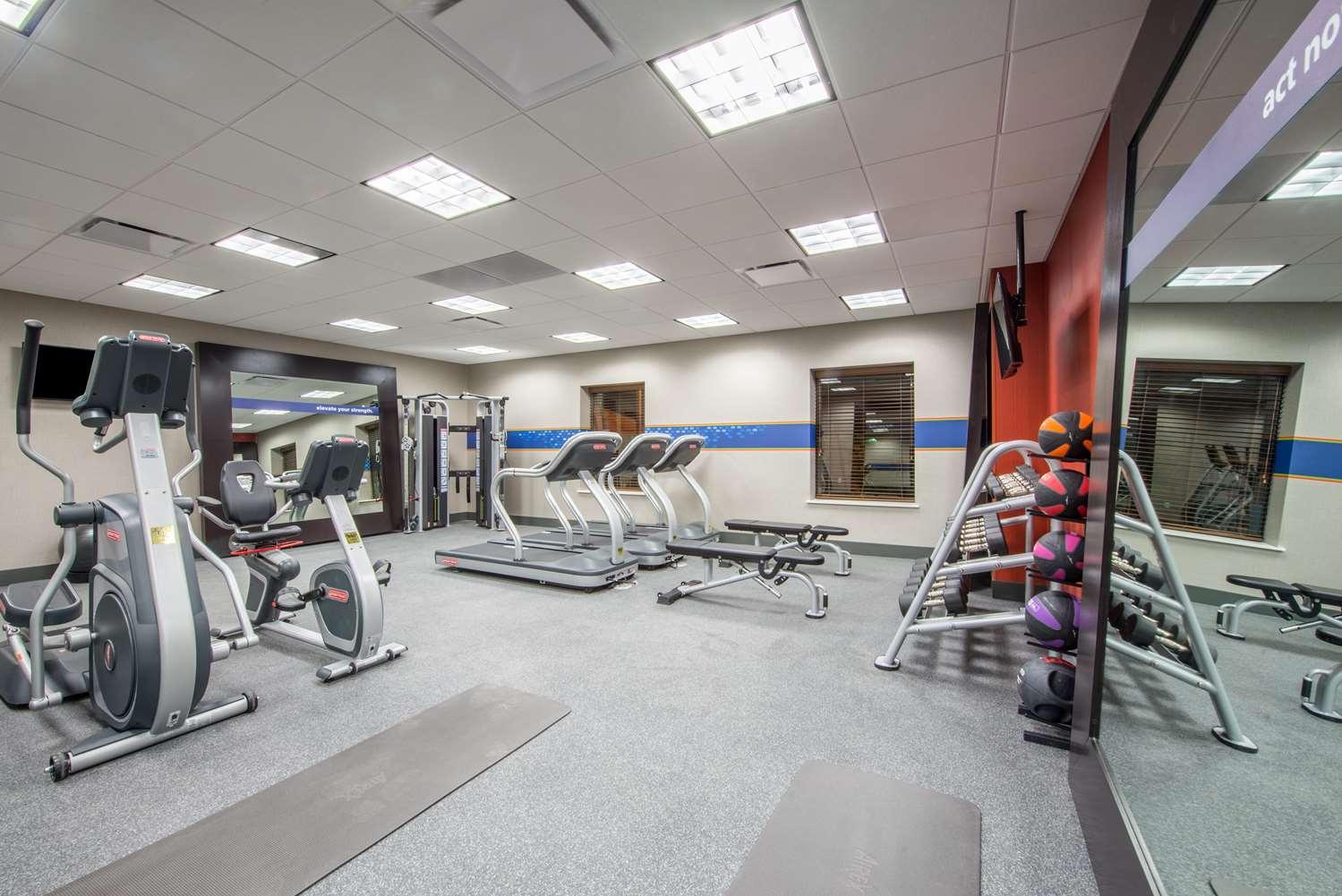 Fitness/ Exercise Room - Hampton Inn & Suites East Gilbert