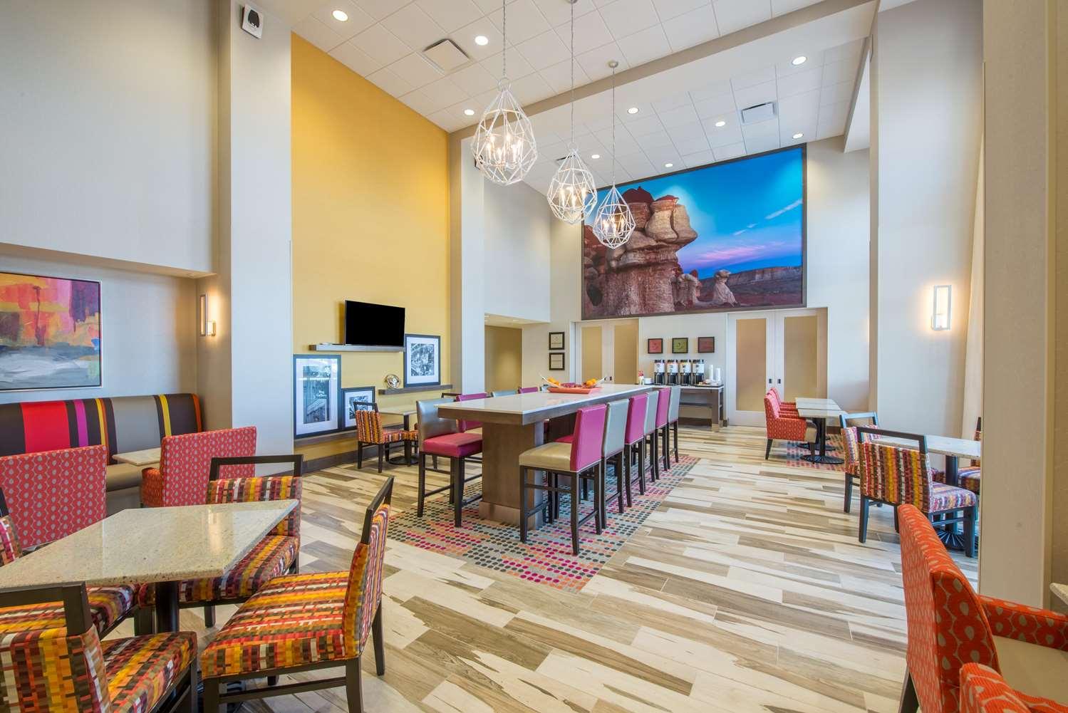 Restaurant - Hampton Inn & Suites East Gilbert