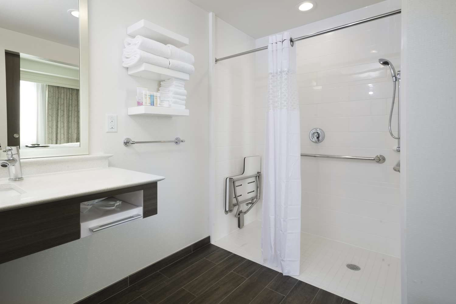 Room - Hampton Inn & Suites East Gilbert