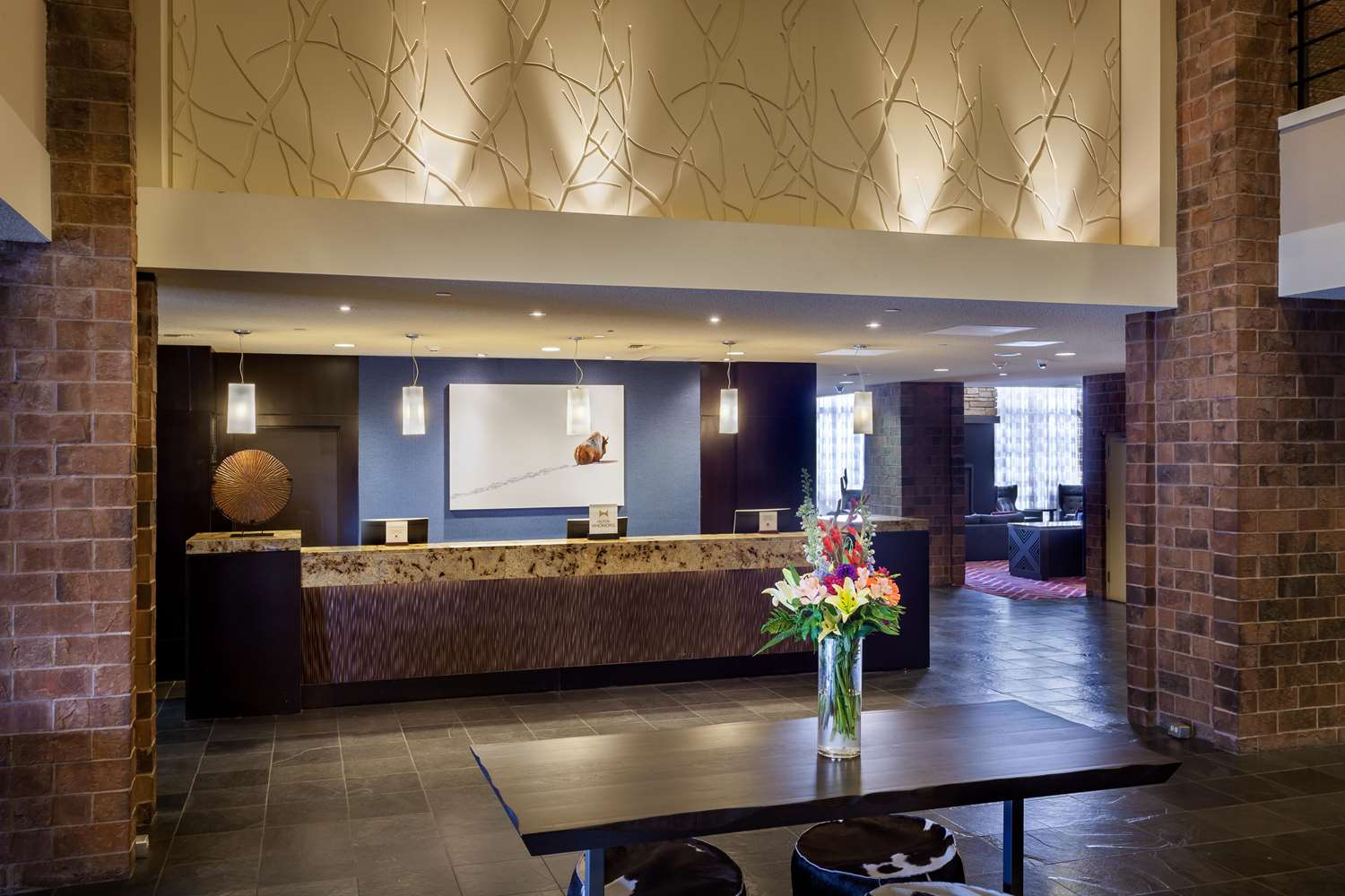 Lobby - DoubleTree by Hilton Hotel Downtown Billings