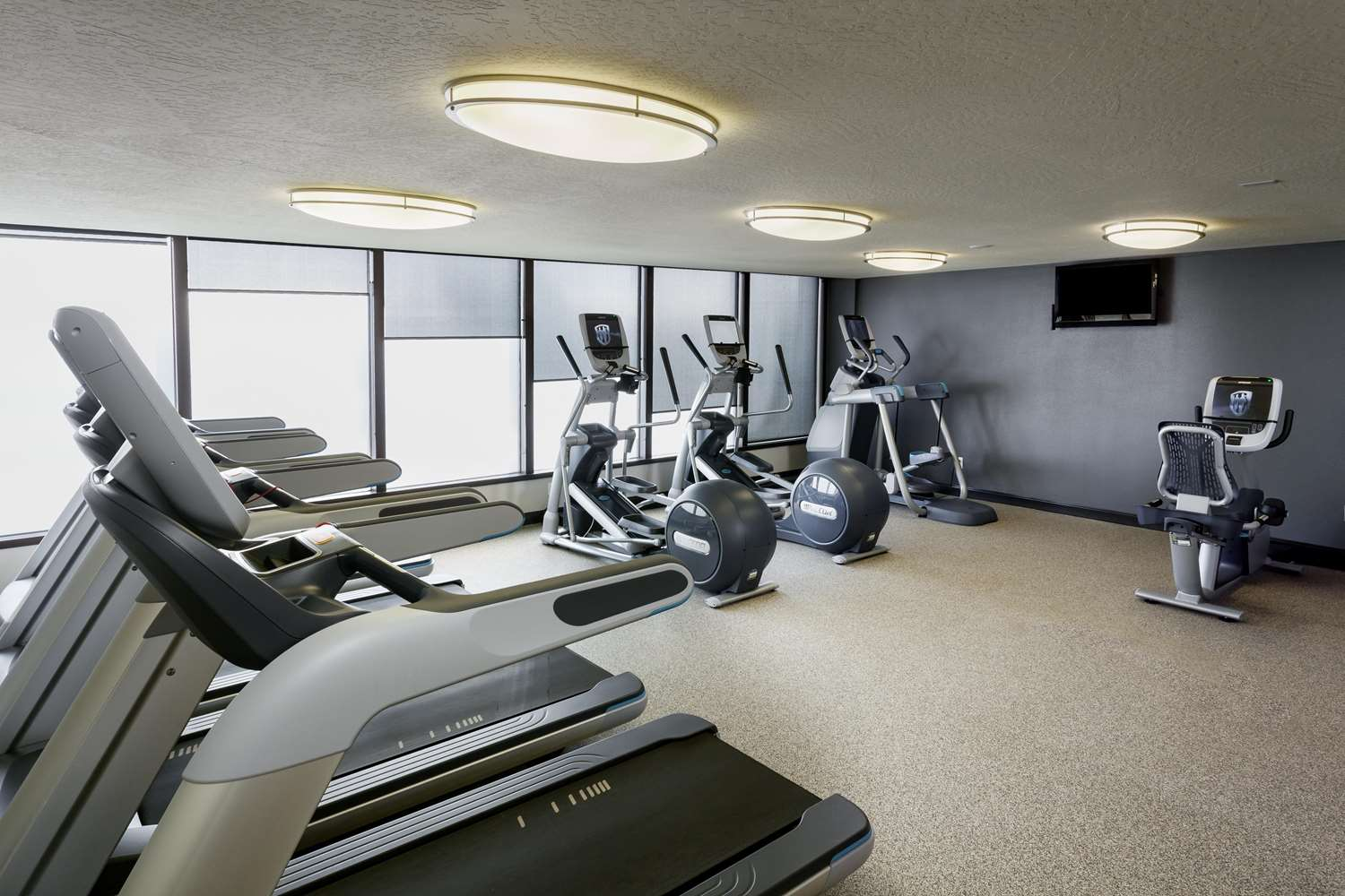 Fitness/ Exercise Room - DoubleTree by Hilton Hotel Downtown Billings