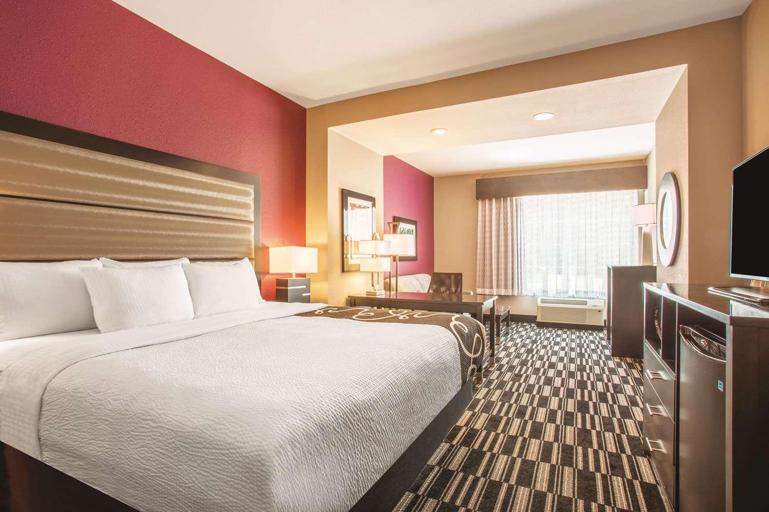 Room - La Quinta Inn & Suites West Monroe