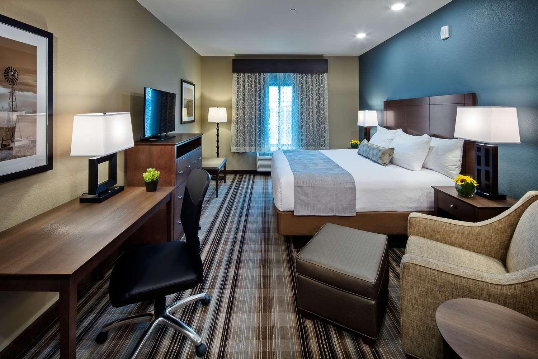 Room - Best Western Plus Overland Inn Fort Morgan