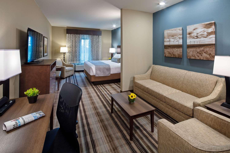 Suite - Best Western Plus Overland Inn Fort Morgan
