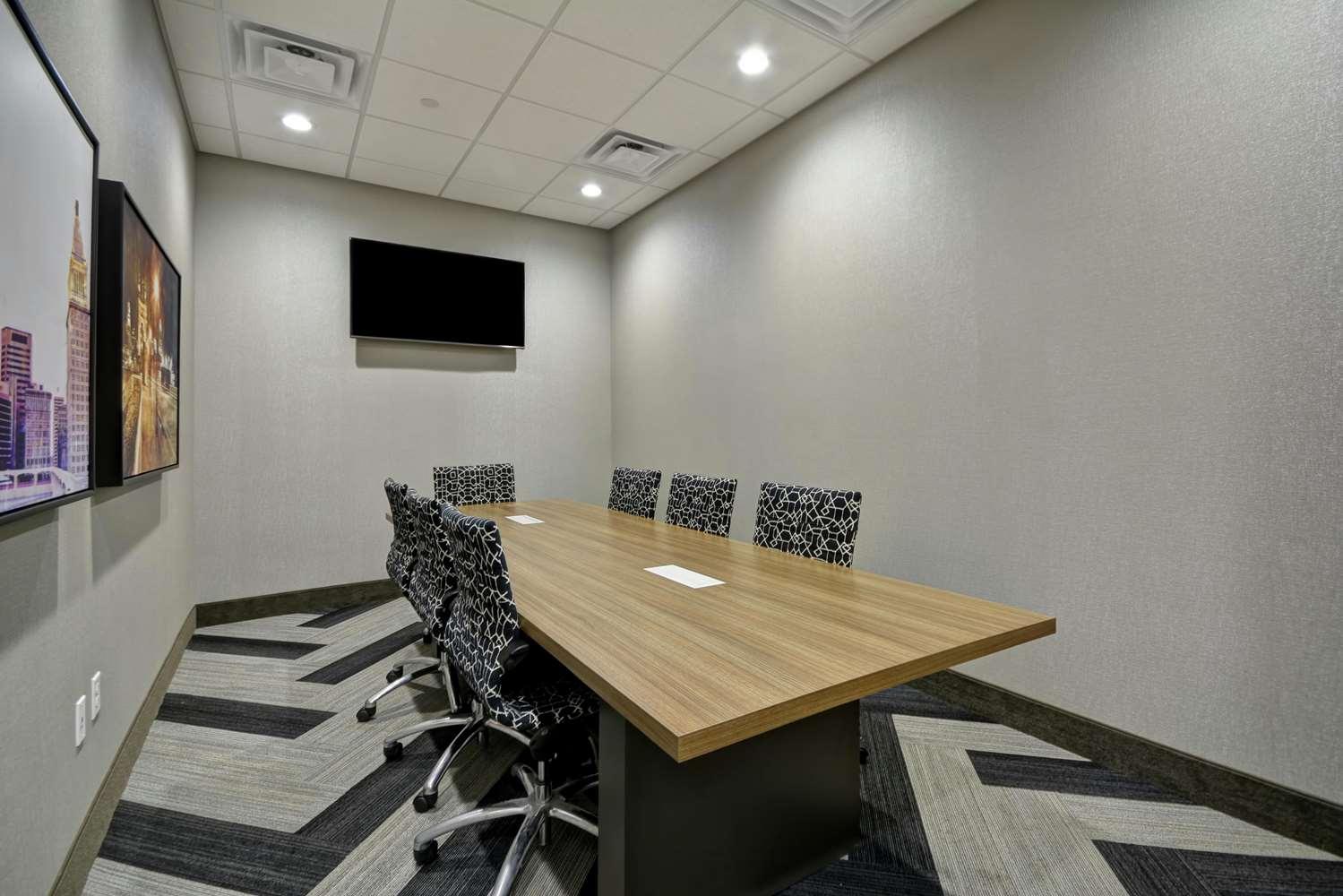 Meeting Facilities - Hampton Inn Blue Ash