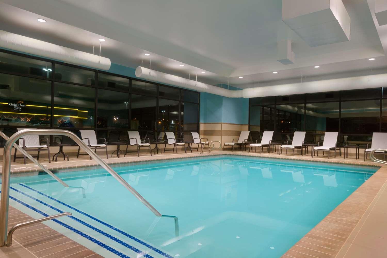 Pool - Hampton Inn Elko