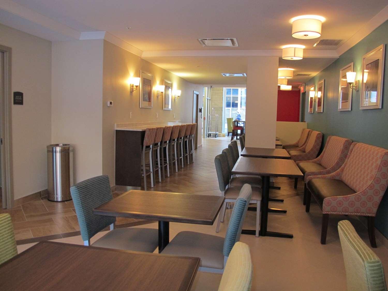 Restaurant - Best Western Plus Hotel Montreal