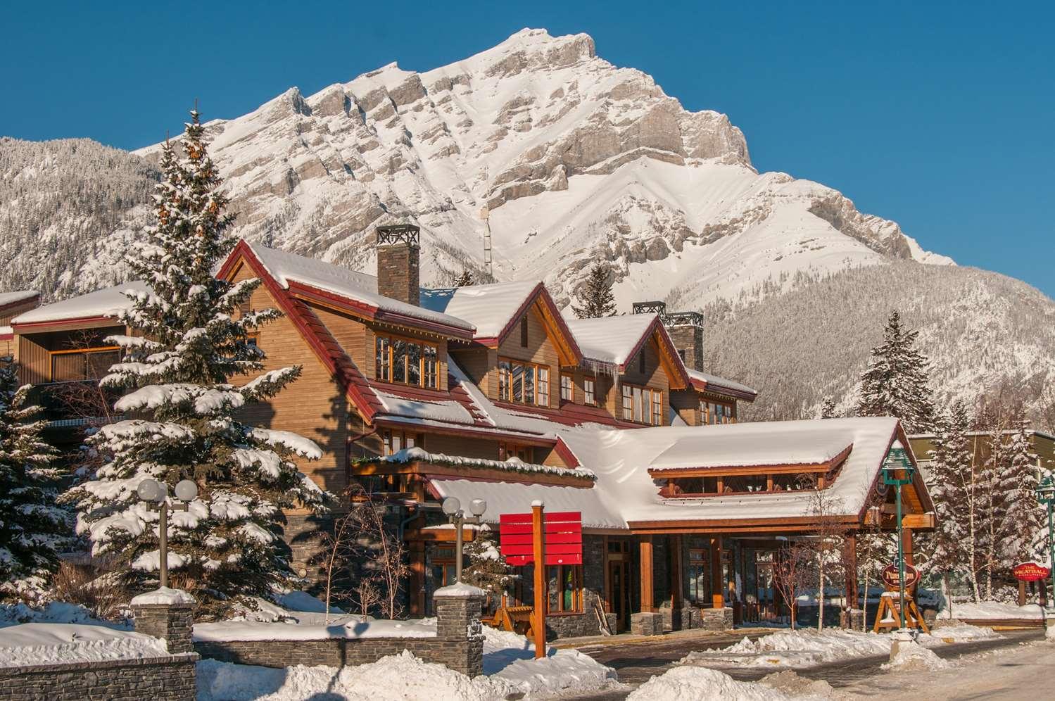 Exterior view - Banff Ptarmigan Inn