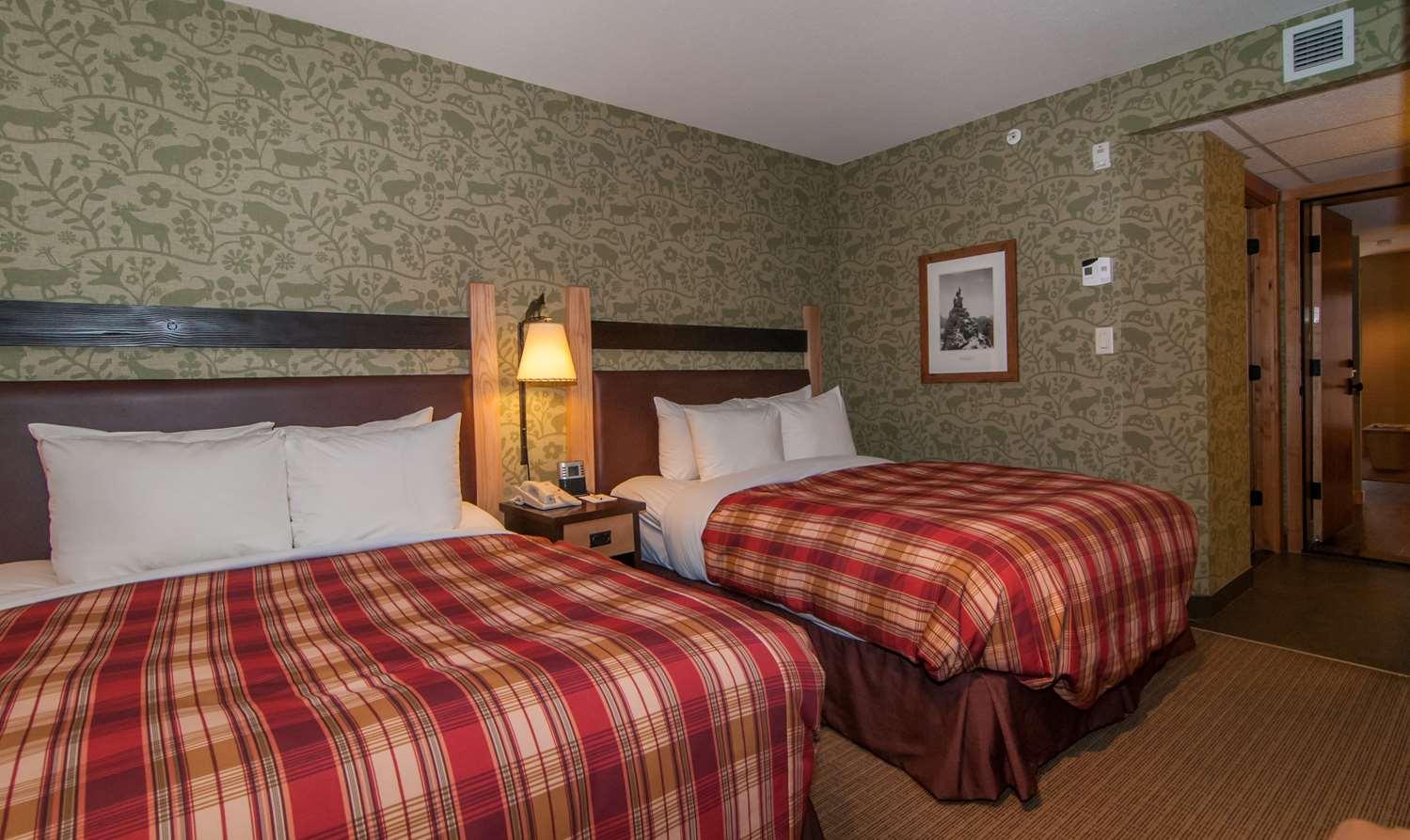 Suite - Fox Hotel & Suites Banff