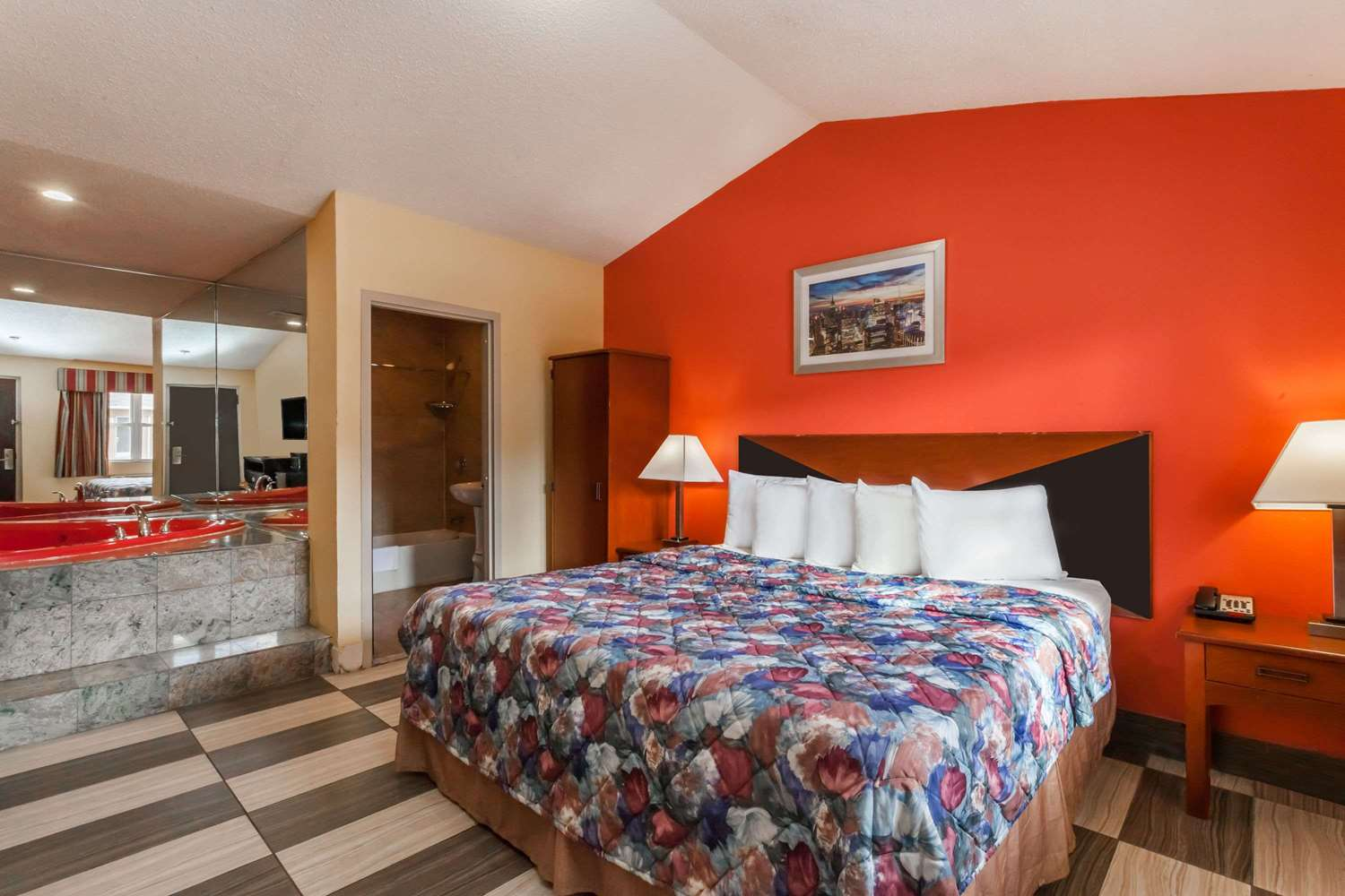 Suite - Travelodge Jersey City