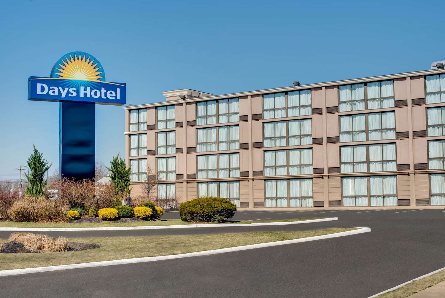 Exterior view - Days Hotel Toms River