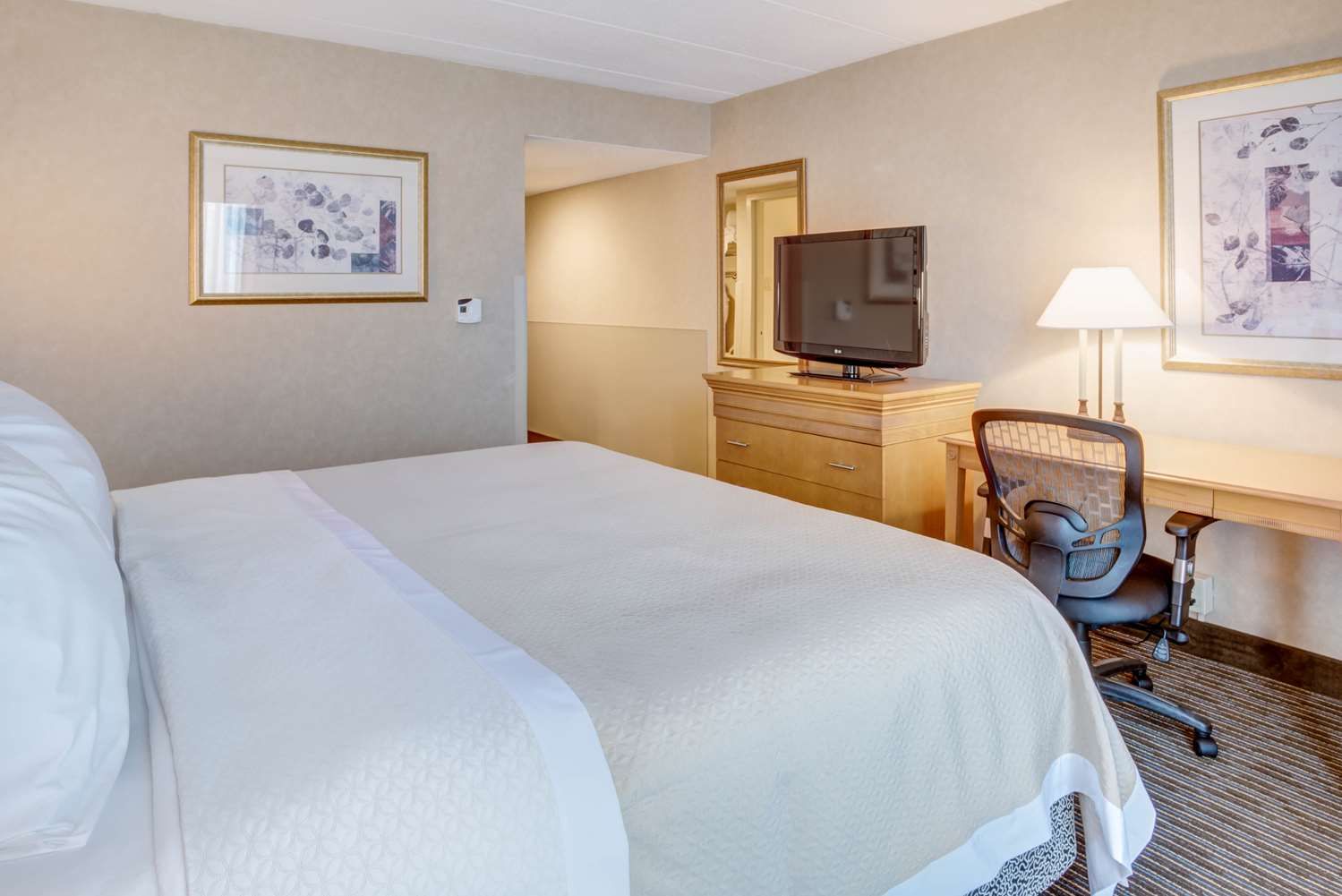 Room - Days Hotel Toms River