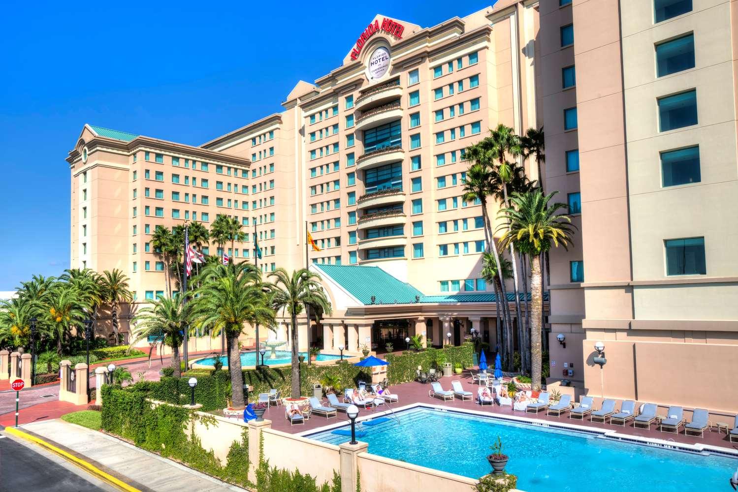 Pool - Florida Hotel & Conference Center Orlando