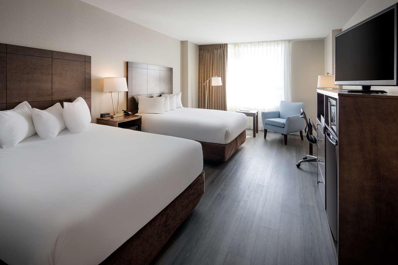 Room - Florida Hotel & Conference Center Orlando