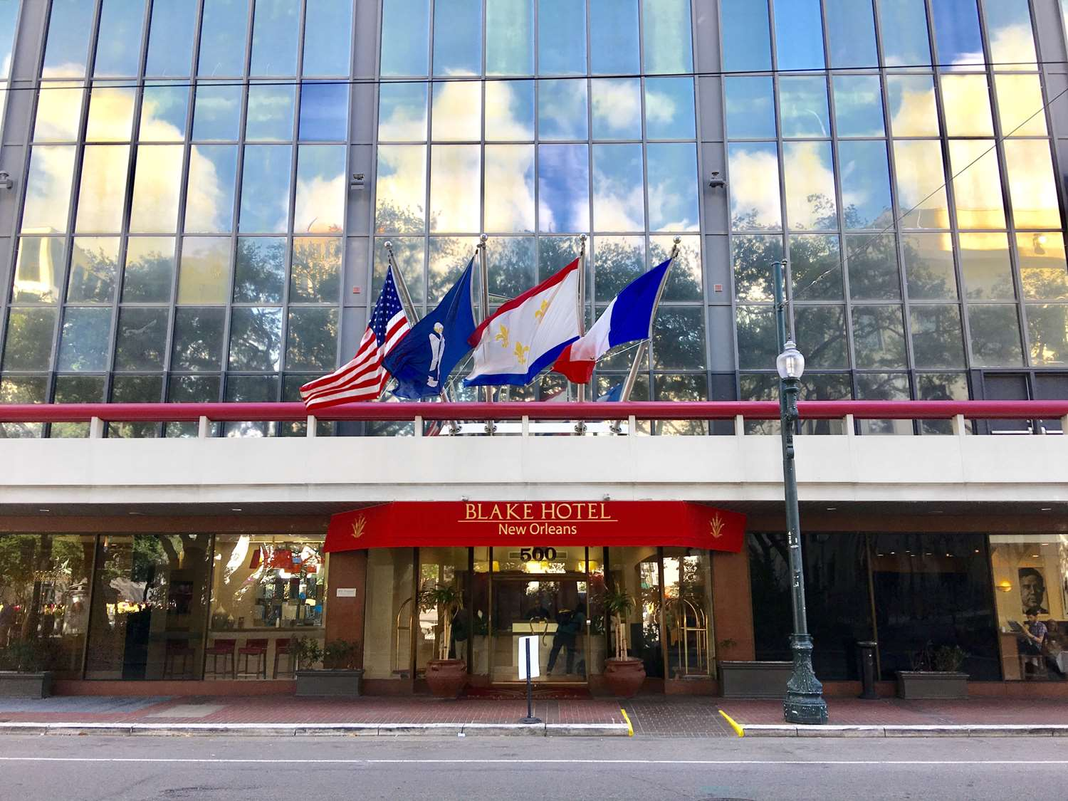 Exterior view - Blake Hotel New Orleans