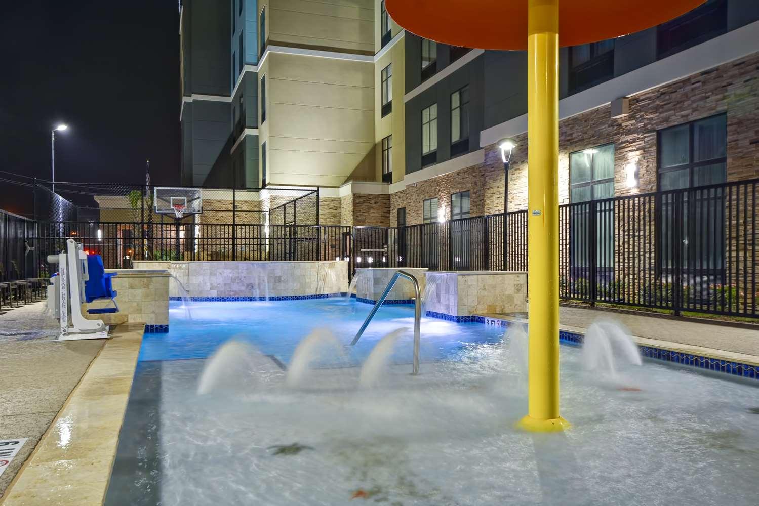 Pool - Homewood Suites by Hilton Galveston