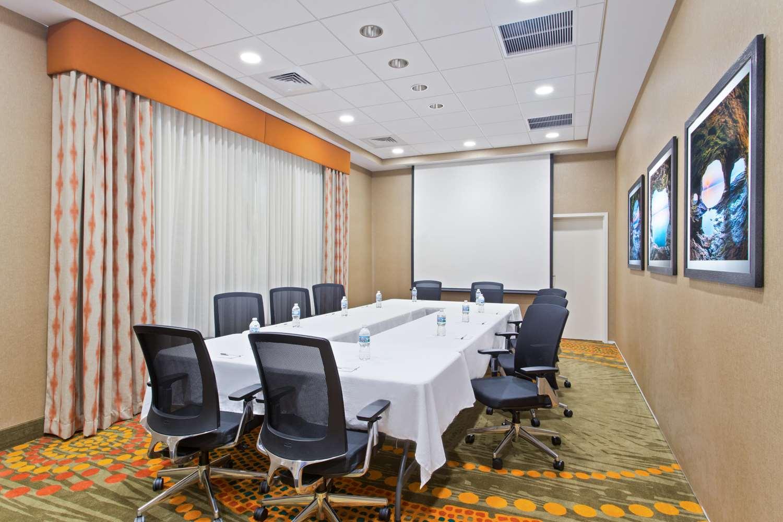 Meeting Facilities - Hampton Inn Sault Sainte Marie