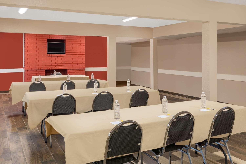 Meeting Facilities - Days Inn University College Station