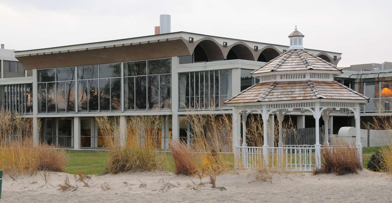 Illinois Beach State Park Resort Restaurant