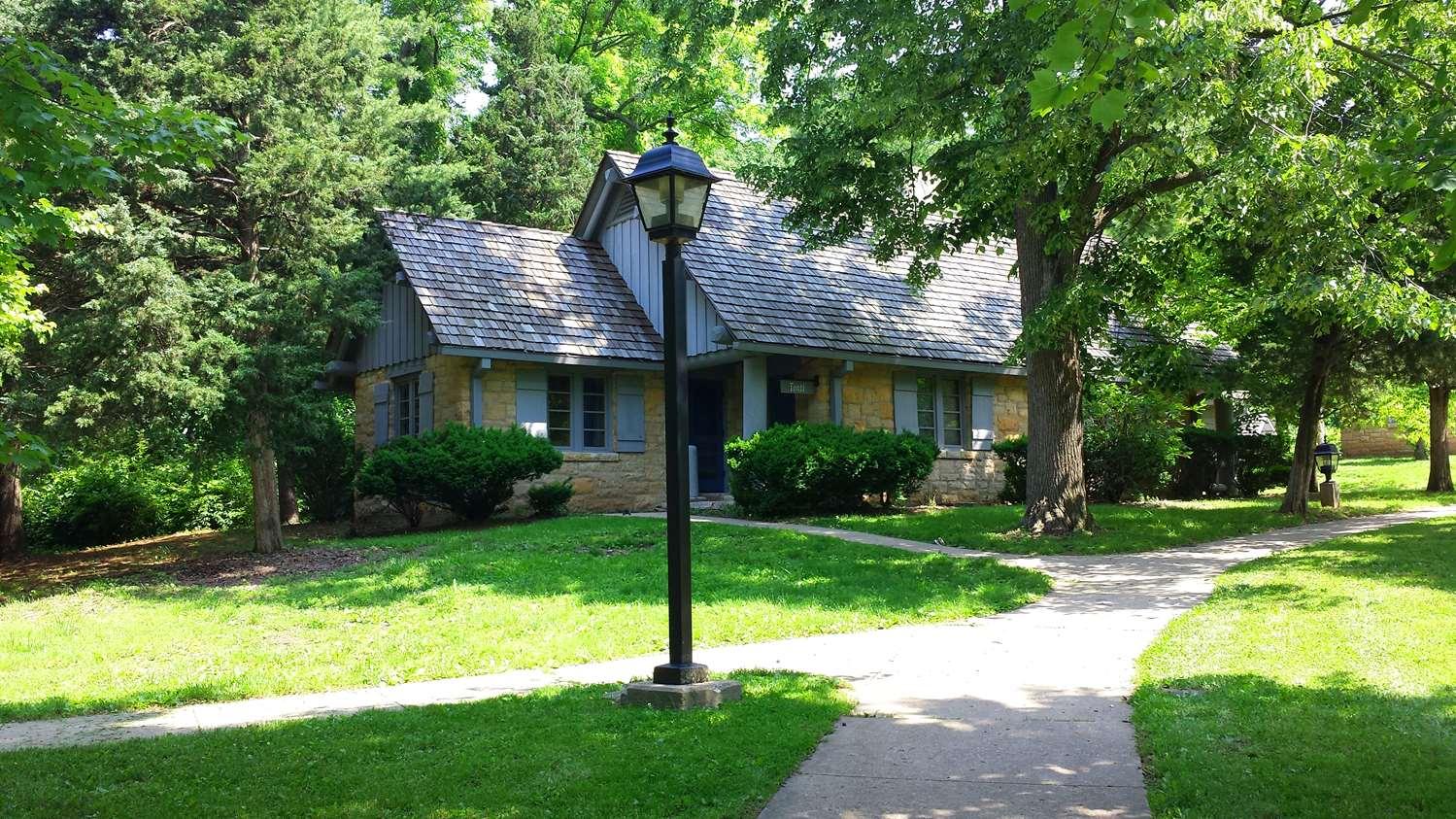 Exterior view - Pere Marquette Lodge & Conference Center Grafton