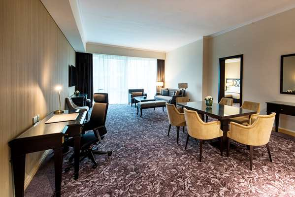 فندق GOLDEN TULIP DOHA - جناح رئاسي