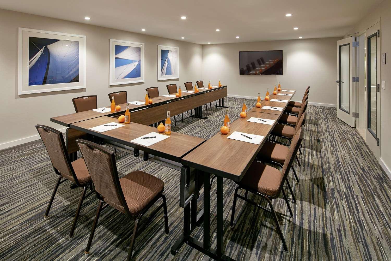 Meeting Facilities - Hilton Garden Inn Mission Valley Stadium San Diego