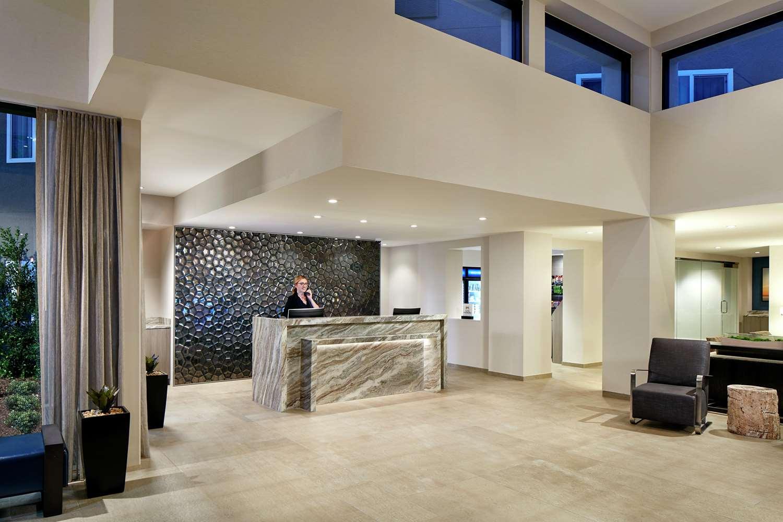 Lobby - Hilton Garden Inn Mission Valley Stadium San Diego