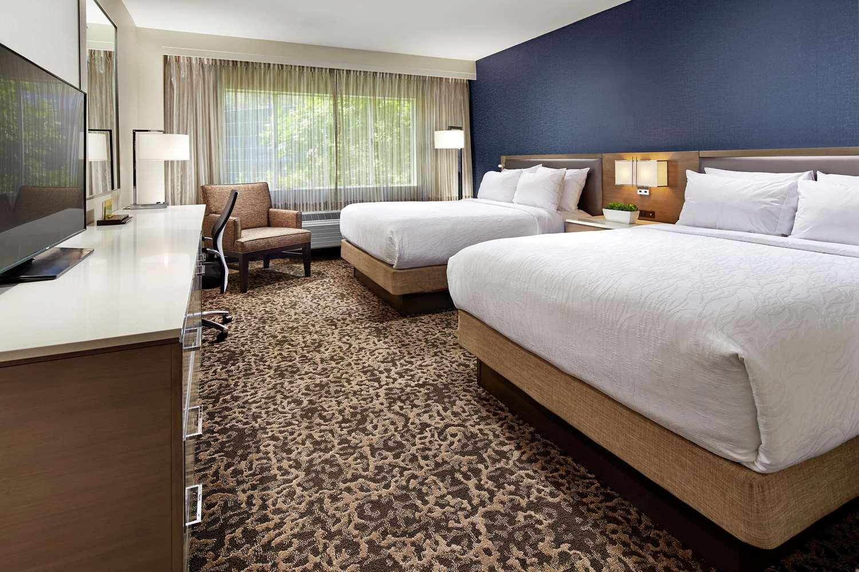 Room - Hilton Garden Inn Mission Valley Stadium San Diego