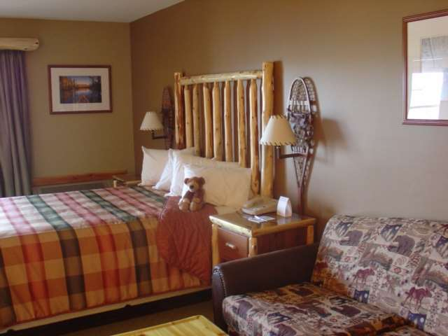 Room - Grand Ely Lodge Resort & Confrence Center