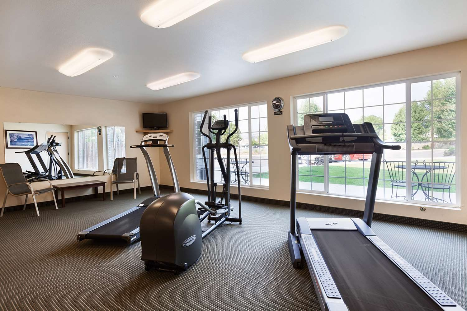 Fitness/ Exercise Room - Red Lion Inn & Suites Susanville