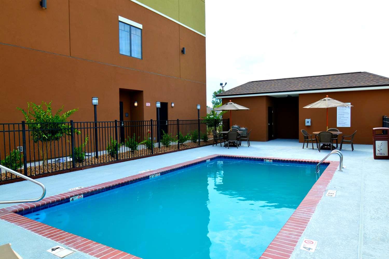 Pool - Best Western False River Hotel New Roads