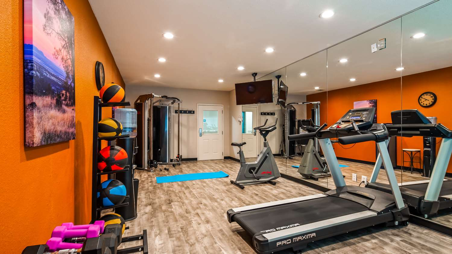 Fitness/ Exercise Room - Best Western Paradise Hotel