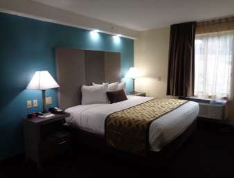 Room - Baymont Inn & Suites Kingston