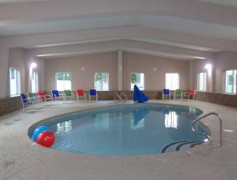 Pool - Baymont Inn & Suites Kingston