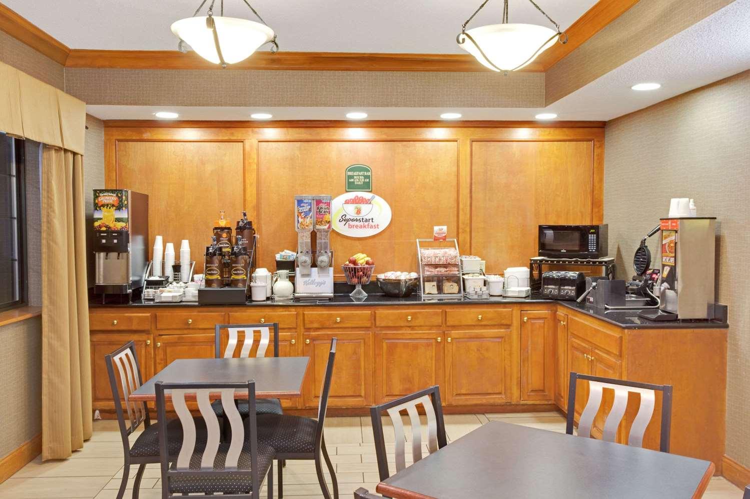 proam - Super 8 Hotel South Bend