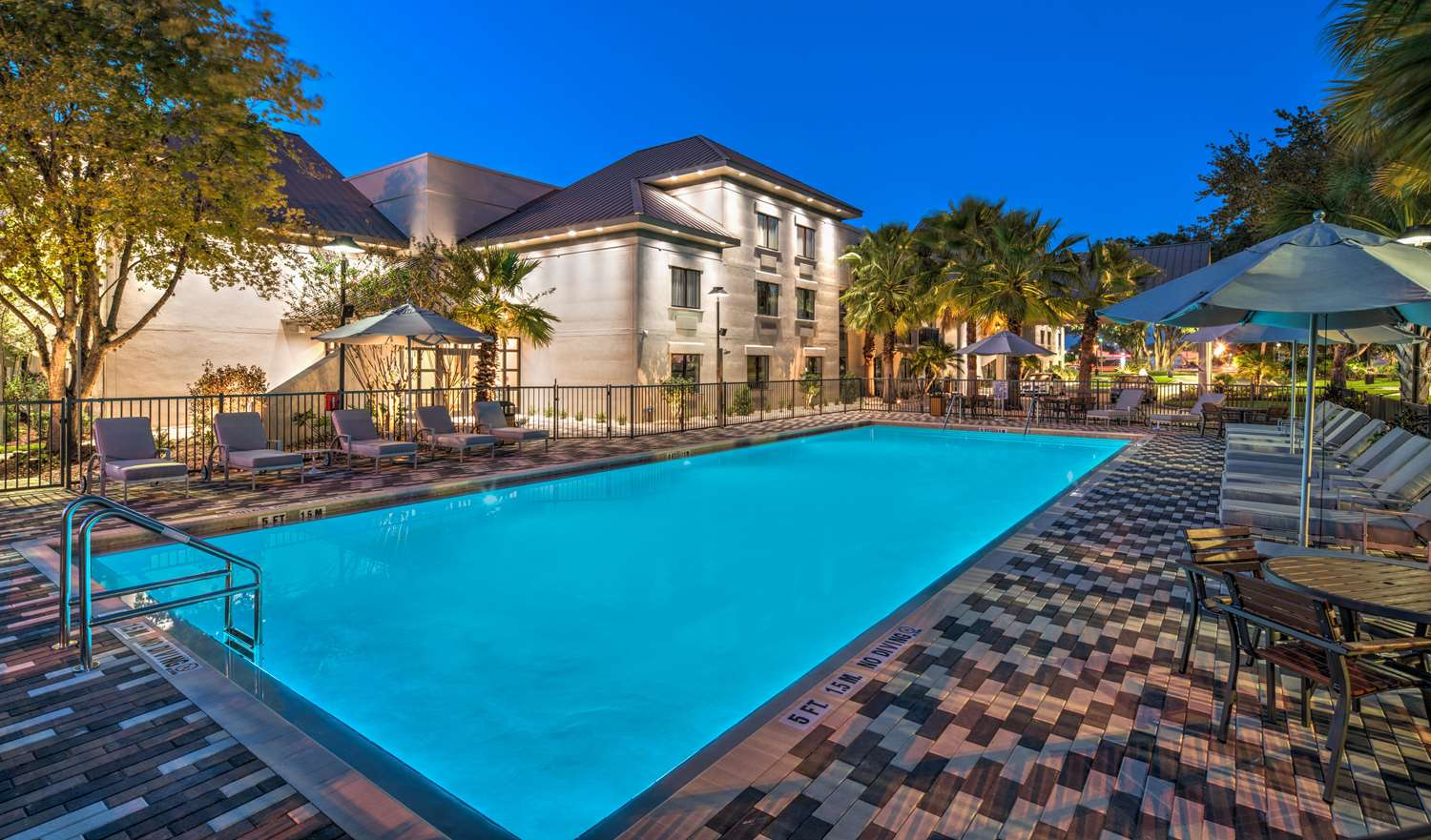 Pool - Doubletree by Hilton Hotel Gainesville