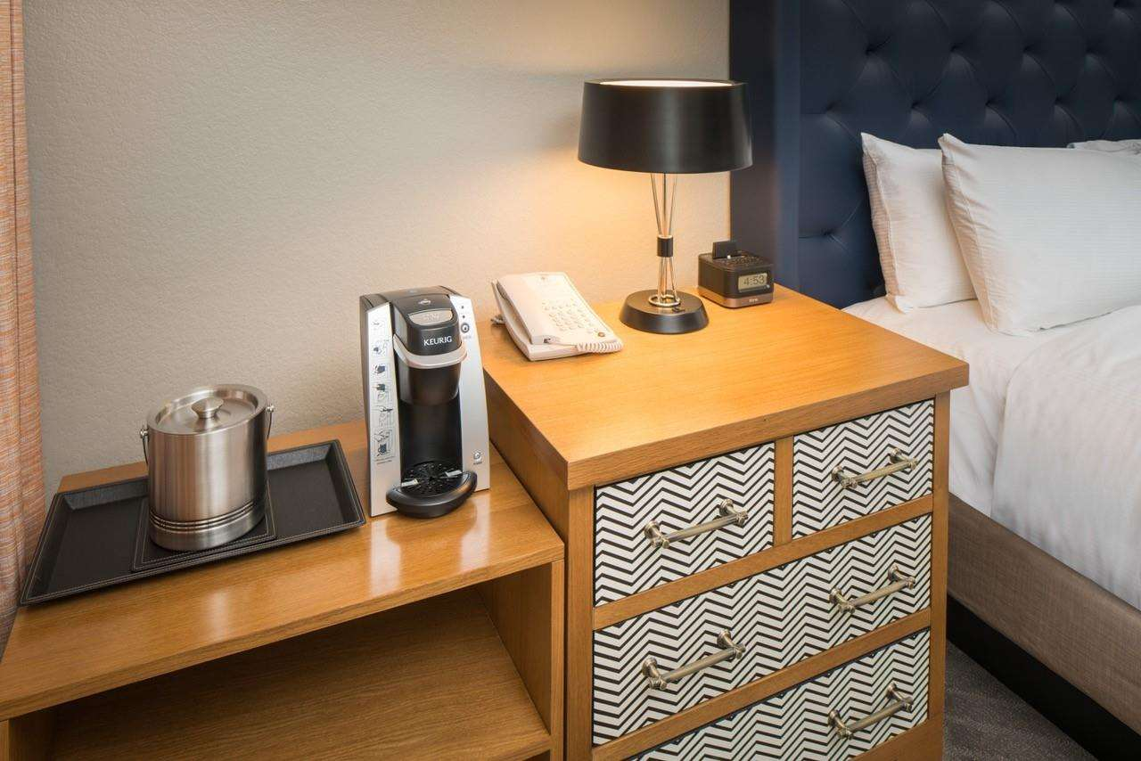 Amenities - Doubletree by Hilton Hotel Gainesville