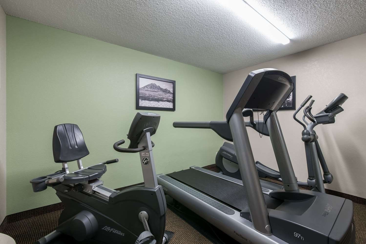 Fitness/ Exercise Room - Baymont Inn & Suites Pierre
