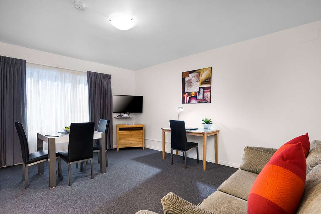 Best Western Fawkner Airport Motor Inn & Serviced Apartments