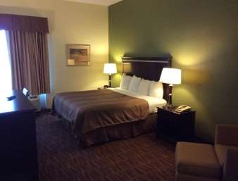 Room - Super 8 Hotel Natchez