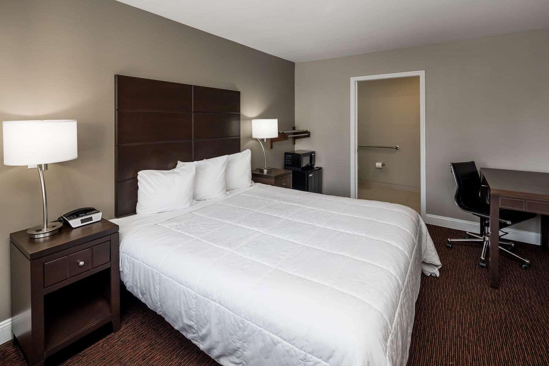 Room - Travelodge Vallejo