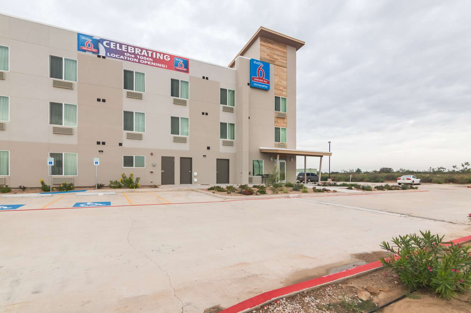 Exterior view - Studio 6 Extended Stay Hotel Colorado City